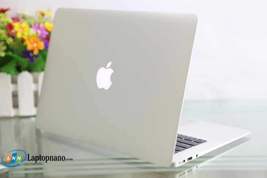 MacBook Air 13 (Mid-2013)-2